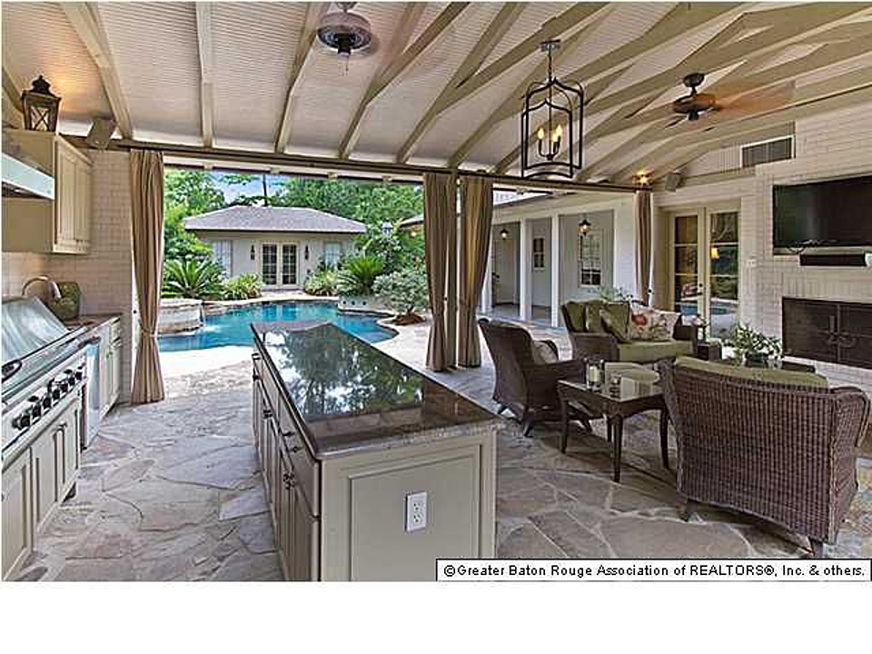 California Style Covered Patio Kitchen ...