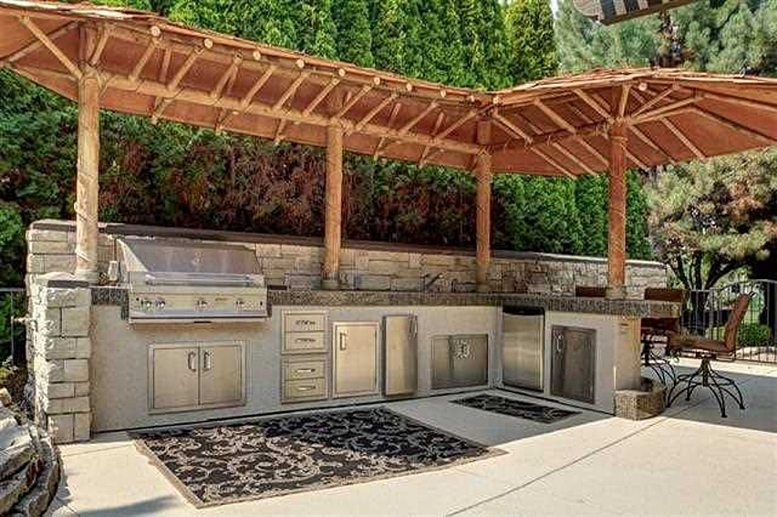 Outdoor Kitchen Roof Ideas