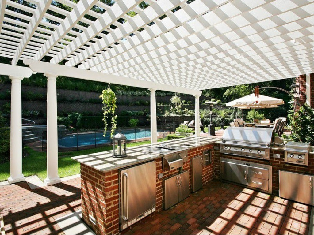 Great Ideas for Outdoor Kitchens | Freestyle Pools & Spas Inc